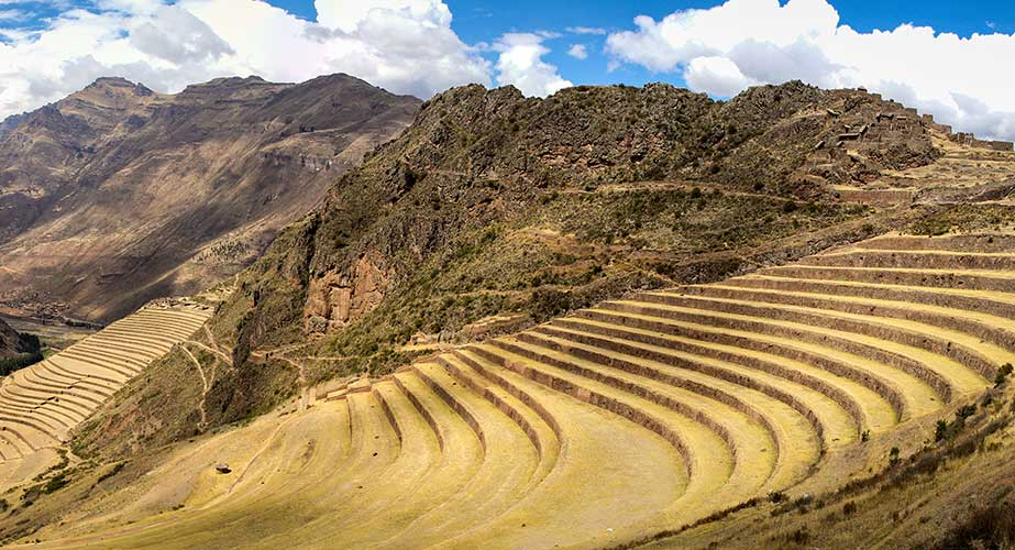 Day 12: CUSCO: SACRED VALLEY AND TRAIN TO MACHUPICCHU TOWN