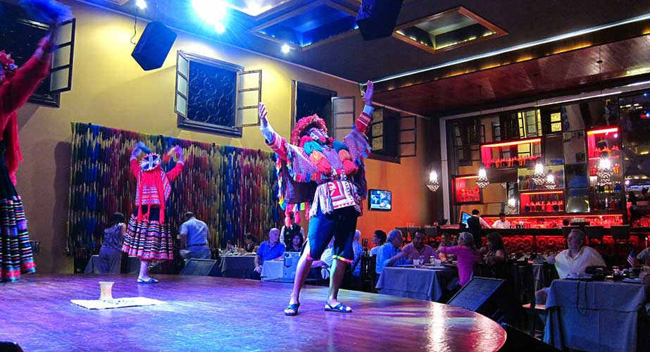 Day 2: LIMA - DINNER SHOW
