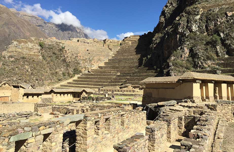 Day 8: SACRED VALLEY TOUR AND TRAIN TO AGUAS CALIENTES  TOWN